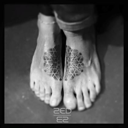 zed-feet